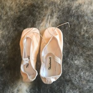 Other - NWT Ballet Shoes (Demi-pointe)